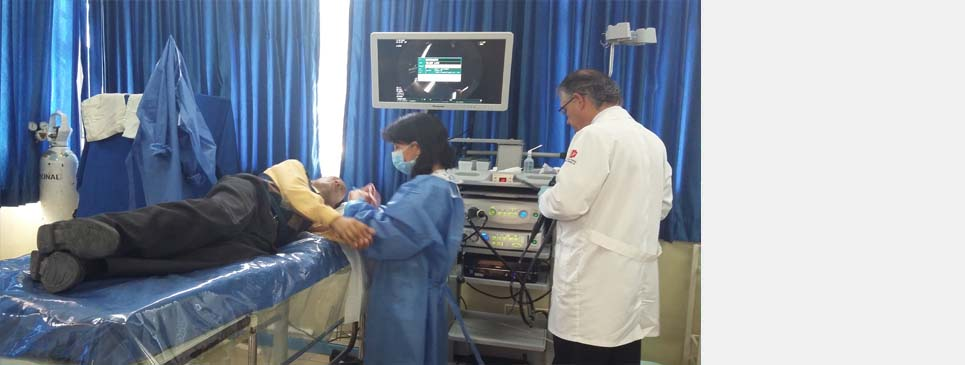 HOSPITAL VICENTE CORRAL MOSCOSO CUENTA CON MÉDICOS ESPECIALISTAS  PARA ENFERMEDADES GASTROINTESTINALES