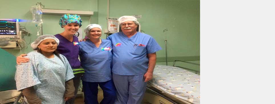 HOSPITAL VICENTE CORRAL MOSCOSO LLEVA A CABO LA JORNADA INTERNACIONAL MÉDICA - QUIRÚRGICA DE TRAUMATOLOGÍA Y ORTOPEDIA.